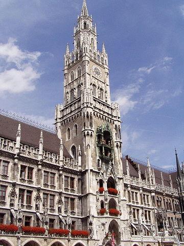 360px-Münchner_Rathaus